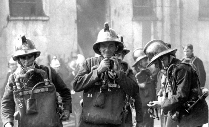 Firefighters wearing the MK I Proto breathing apparatus