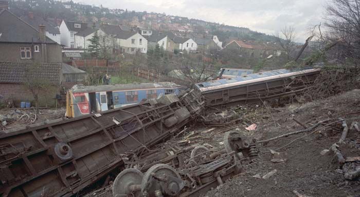 Purley train crash , derailed trains